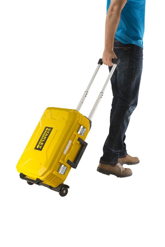maleta fatmax con rudeas